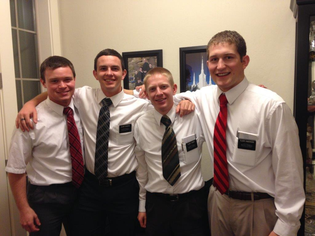 Elder Austin Rushton and Oregon missionaries